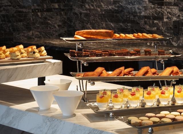 Palace Hotel Tokyo – Club Lounge Food Presentation I – H2