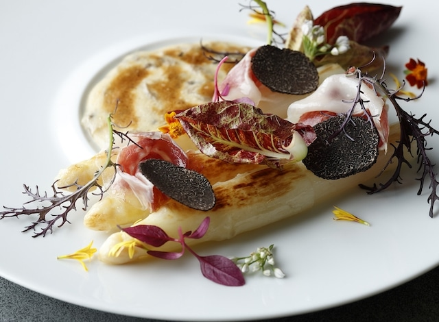 White asparagus gratin at Crown Restaurant at the Palace Hotel, fine dining Tokyo