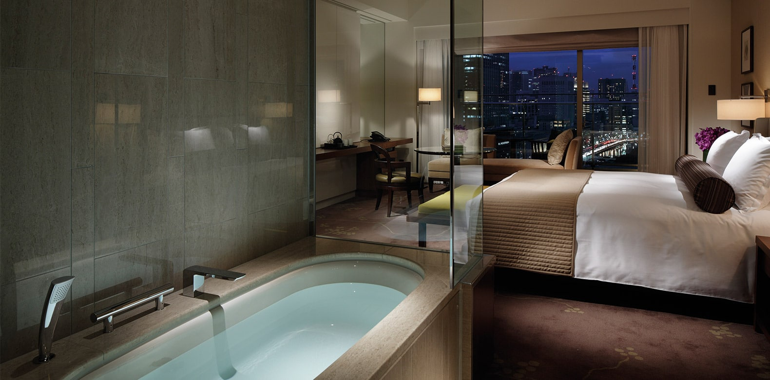 Palace 5 star Hotel Tokyo Deluxe Room Bathroom