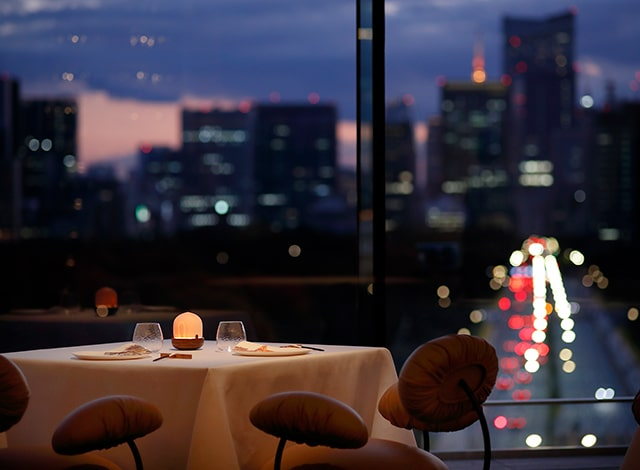 Palace Hotel Tokyo Esterre Dining Night H2