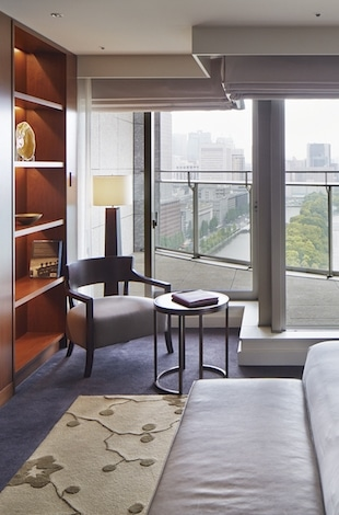 Palace Hotel Tokyo – Executive Suite – Bedroom – III – T2