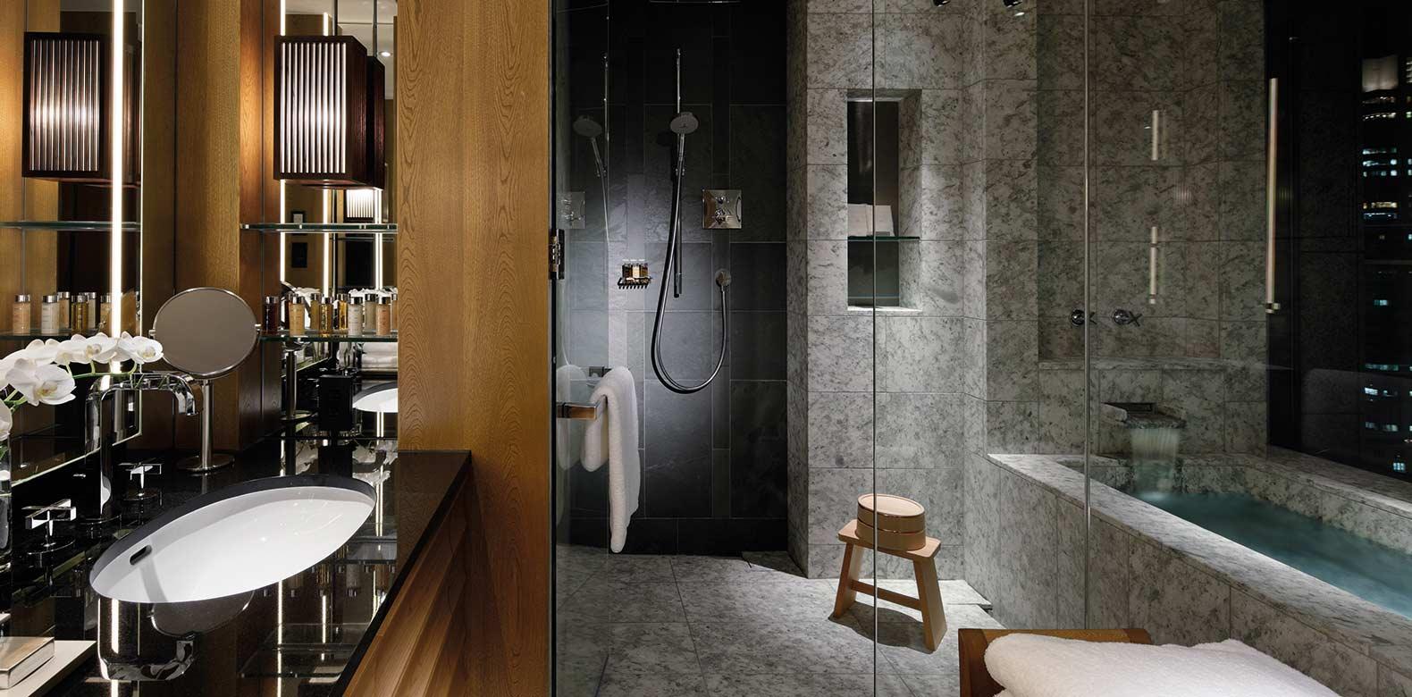 Palace-Hotel-Tokyo-F-Chiyoda-Suite-Bathroom