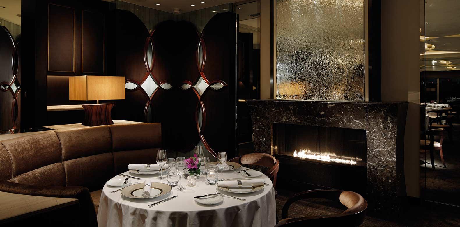 Palace-Hotel-Tokyo-F-Crown-Restaurant-III