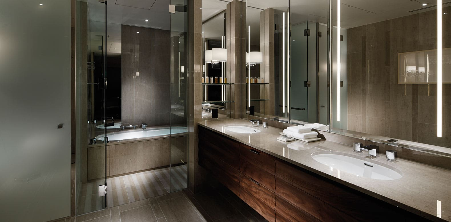 Palace-Hotel-Tokyo-F-Executive-Suite-Bathroom