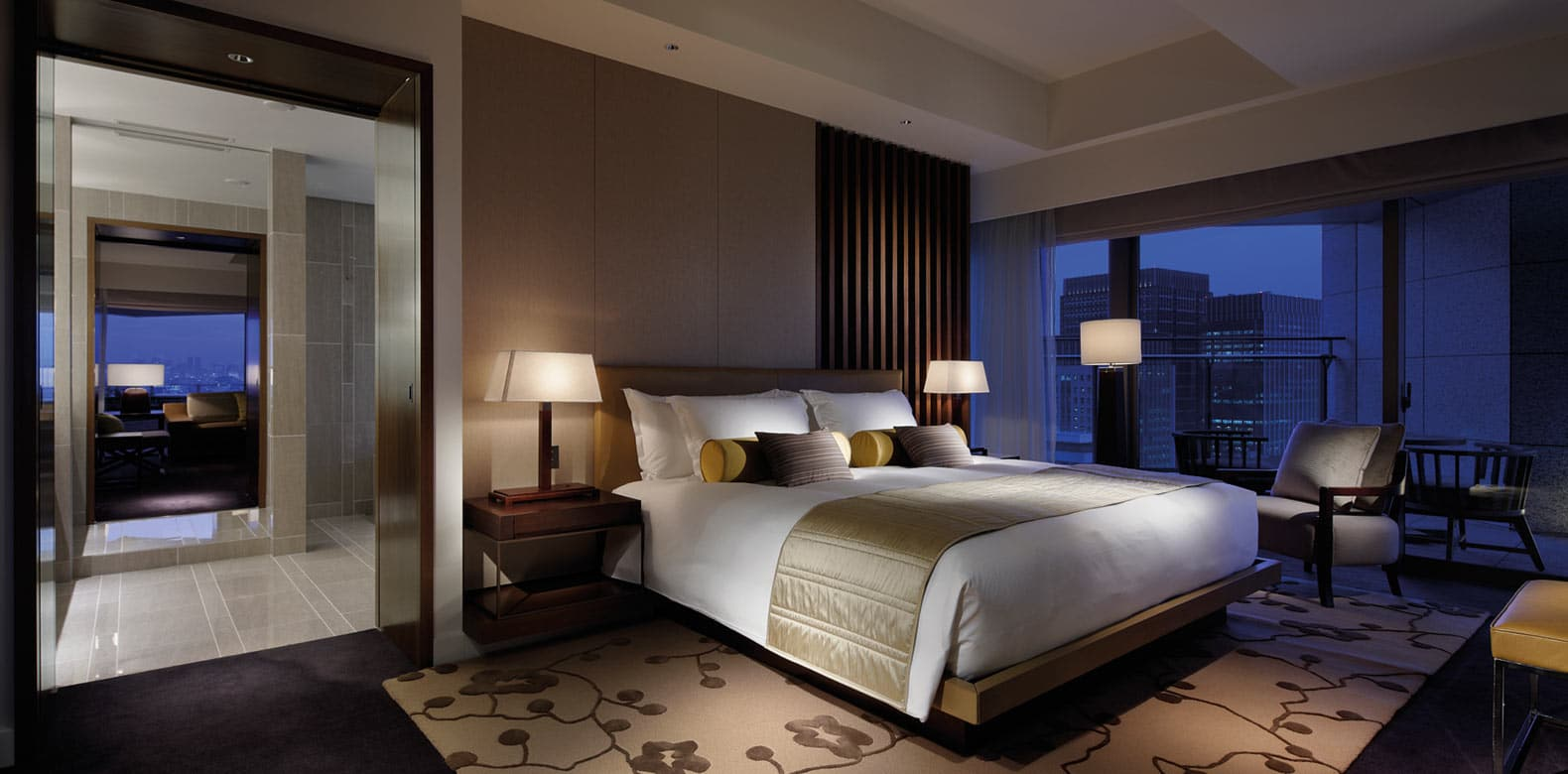 Palace Hotel Tokyo F Garden Suite Bedroom