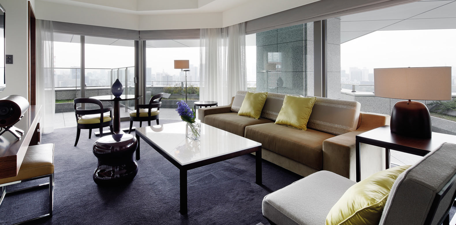 Palace-Hotel-Tokyo-F-Garden-Suite-Living-Room-I