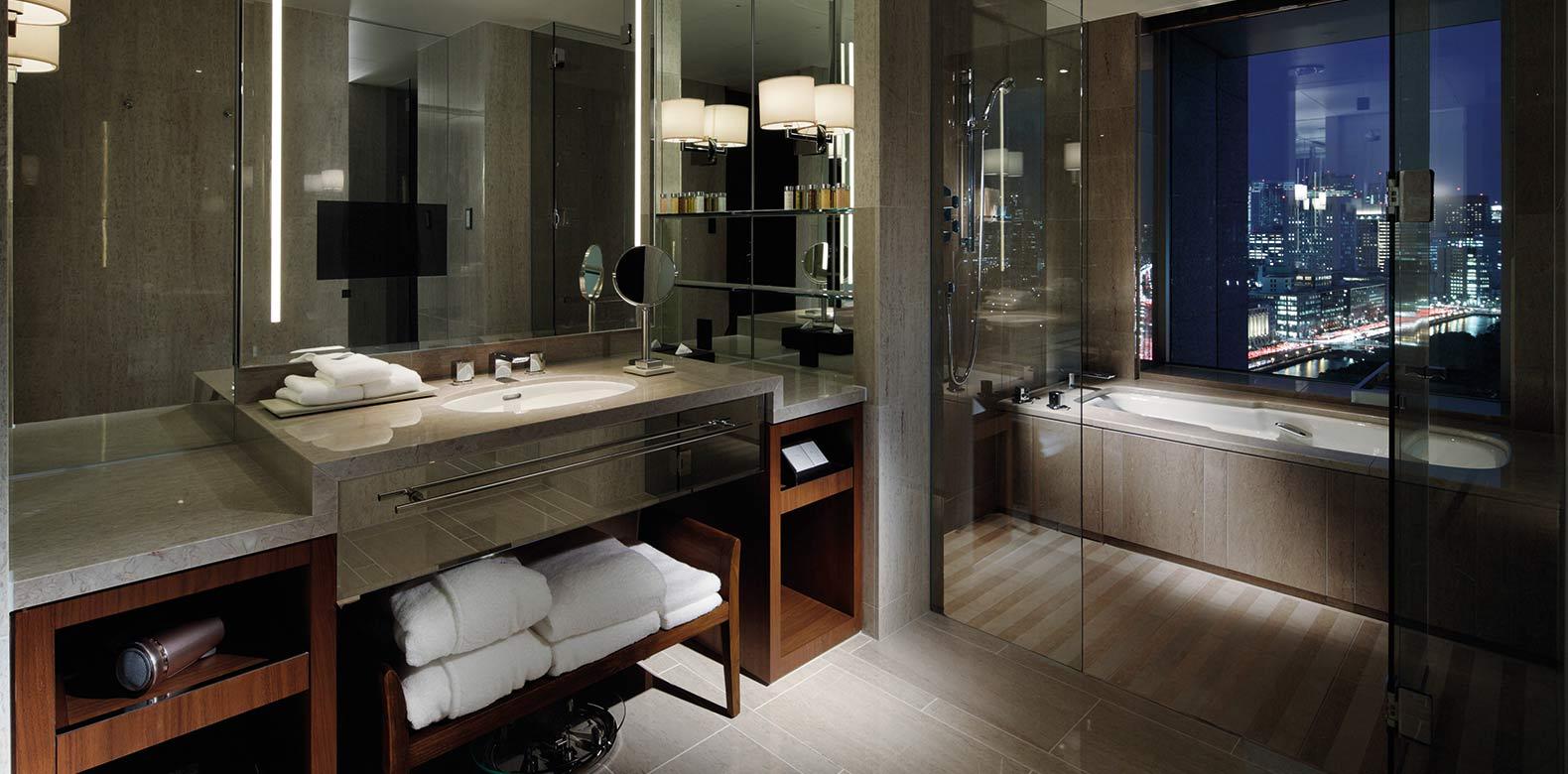 Palace-Hotel-Tokyo-F-Grand-Deluxe-Bathroom Luxury Marunouchi accommodation
