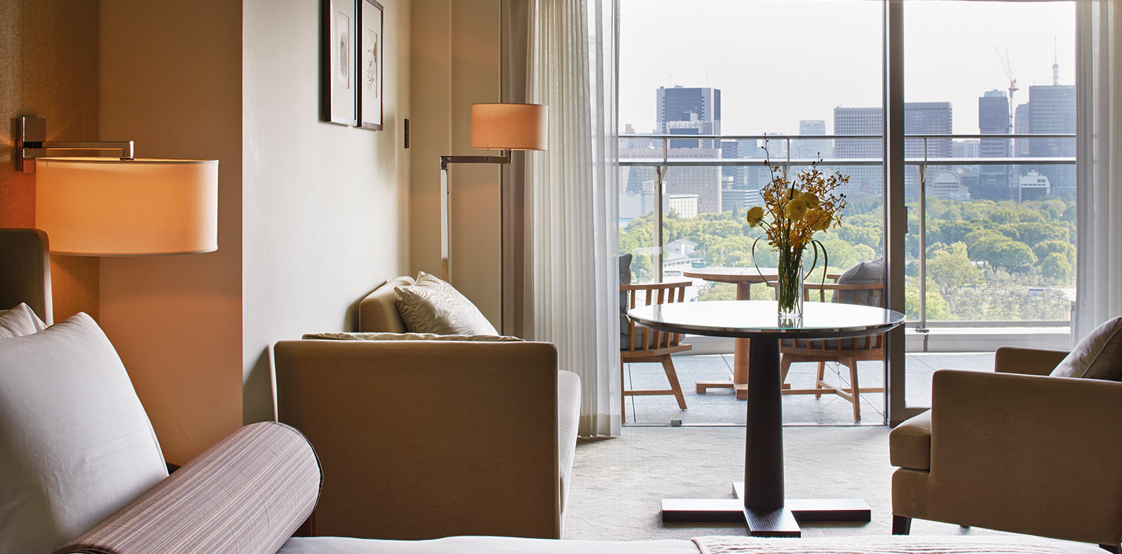 Palace-Hotel-Tokyo-F-Grand-Deluxe-King-Balcony- Luxury Marunouchi accommodation