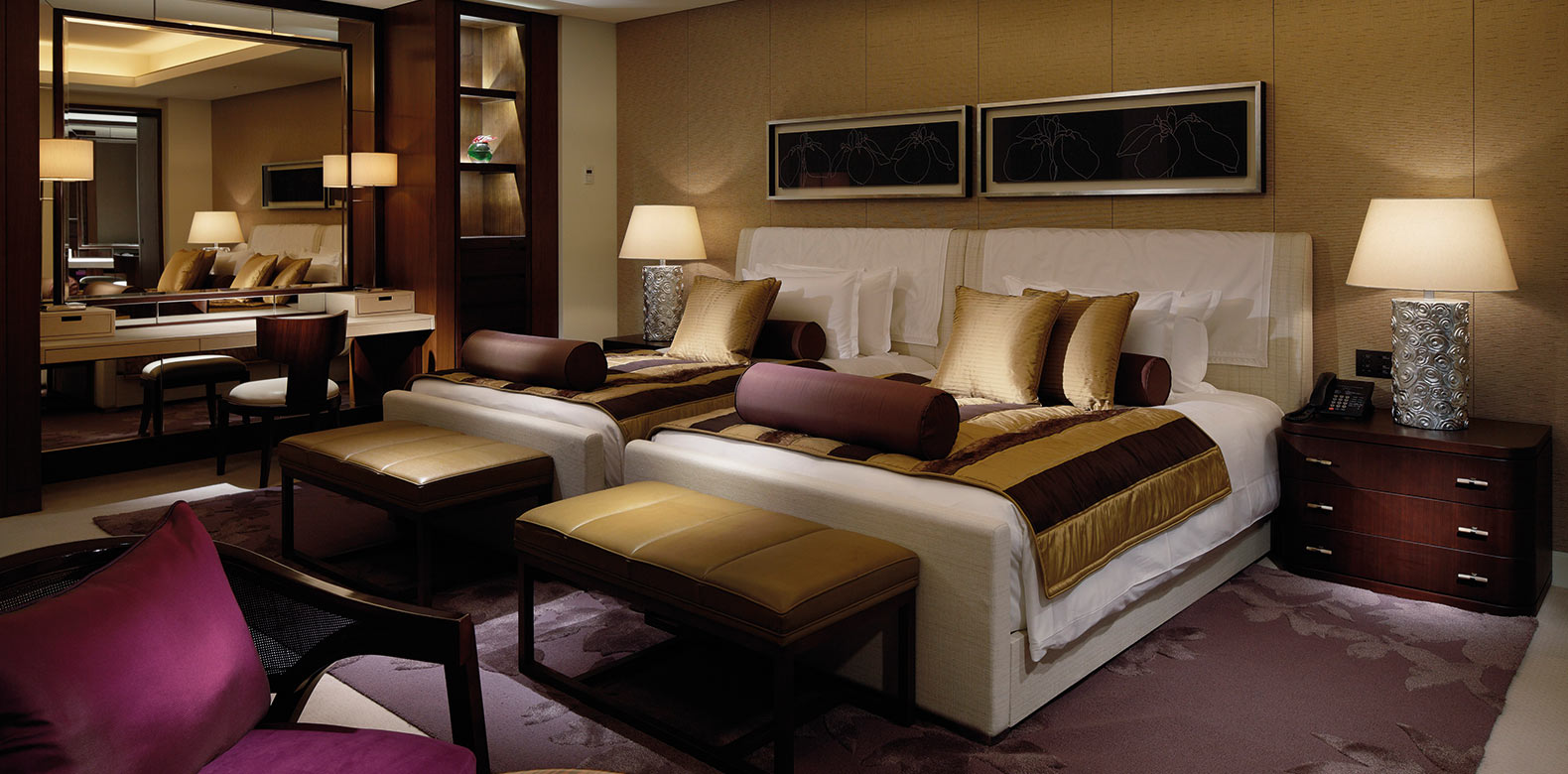 Palace-Hotel-Tokyo-F-Palace-Suite-Bedroom
