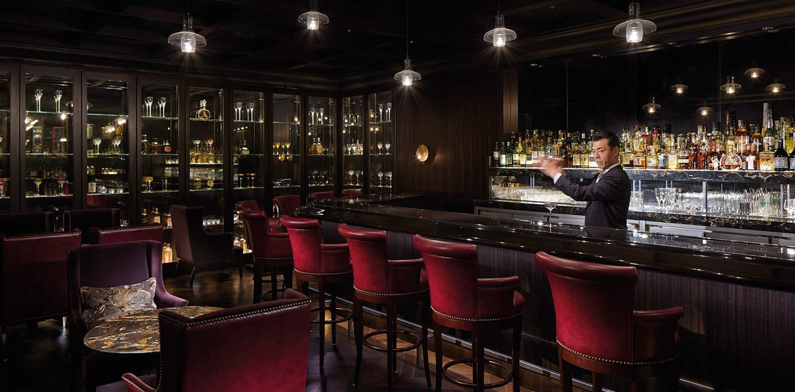 Palace Hotel Tokyo F Royal Bar Bartender