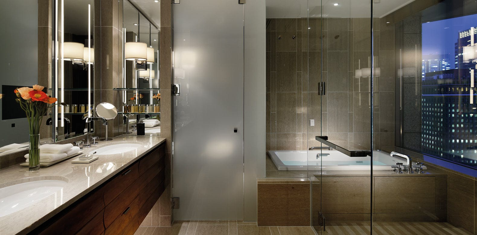 Palace-Hotel-Tokyo-F-Terrace-Suite-Bathroom