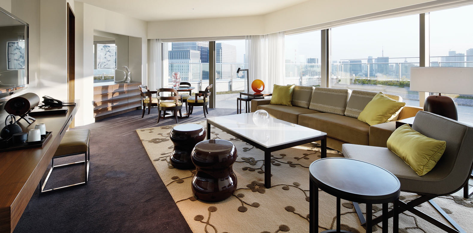 Palace-Hotel-Tokyo-F-Terrace-Suite-LivingRoom