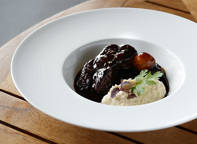 Palace Hotel Tokyo Grand Kitchen Autumn 2021 Braised Japanese Beef Top Blade in Red Wine H2