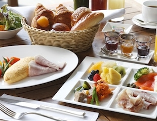 Palace Hotel Tokyo – Grand Kitchen Breakfast – HT2