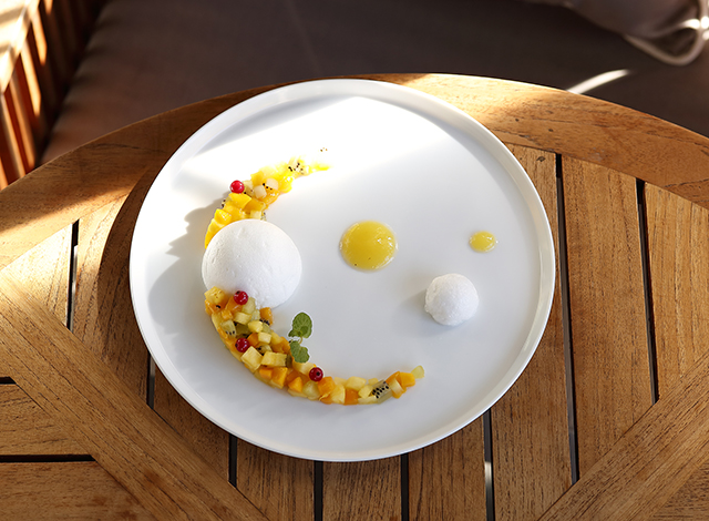 Palace Hotel Tokyo Grand Kitchen Summer 2021 Tropical Fruit Oeufs A La Neige H2
