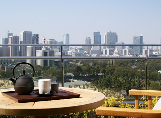 Palace Hotel Tokyo Guestroom Balcony Japanese Tea H2