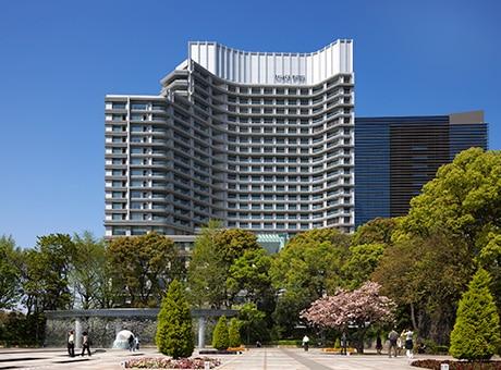 Palace-Hotel-Tokyo-H-Exterior-Wadakura-Fountain-Park