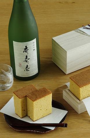 Image of Hakkaisan Sake & Cake