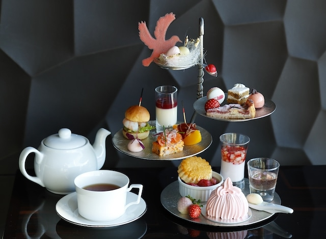Palace Hotel Tokyo - Lounge Bar Prive's Spring 2018 Afternoon Tea Tokyo