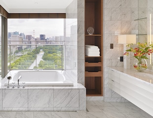 Palace Hotel Tokyo – Palace Suite – Bathroom – HT2