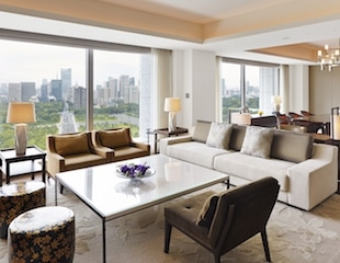 Palace Hotel Tokyo – Palace Suite – Living Room – V – HT2
