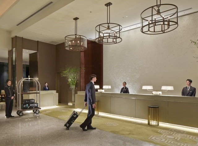 Palace Hotel Tokyo – Reception Lobby with Model – H2
