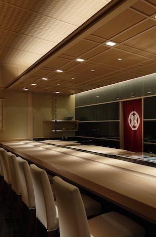 Best restaurants in Tokyo- Palace Hotel Tokyo – Sushi Kanesaka – I – T2