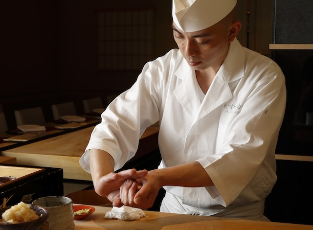 Tokyo sushi- Palace Hotel Tokyo – Sushi Kanesaka – Chef