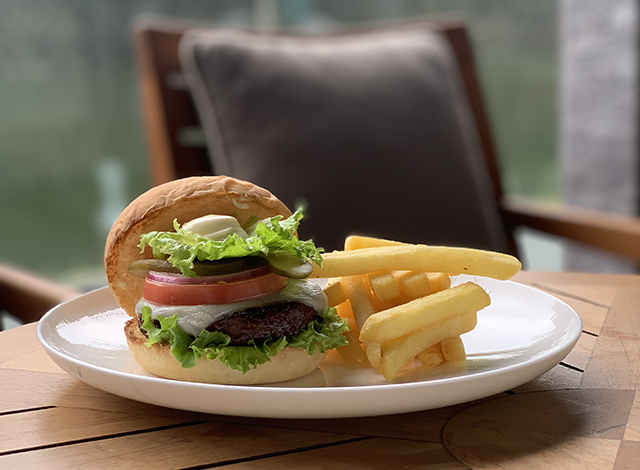 Palace Hotel Tokyo Takeout Grand Kitchen Plant based Burger H2