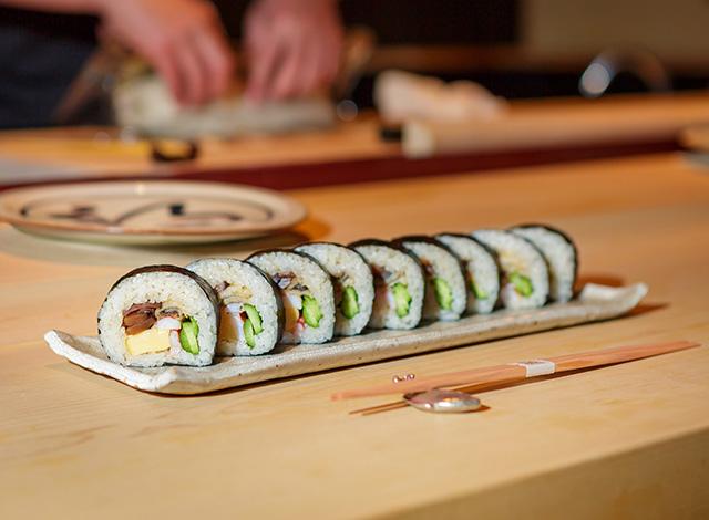 Palace Hotel Tokyo Takeout Sushi Kanesaka Thick Rolled Sushi H2