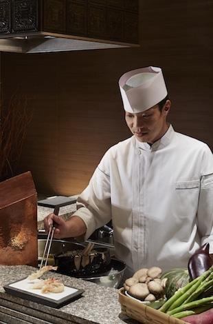 Best restaurants in Tokyo- Palace Hotel Tokyo – Tatsumi Chef – T2