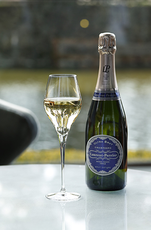 Palace Hotel Tokyo The Palace Lounge Summer 2021 Laurent Perrier Ultra Brut T2