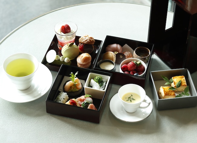 Palace Hotel Tokyo The Palace Lounges Spring 2019 Afternoon Tea H2