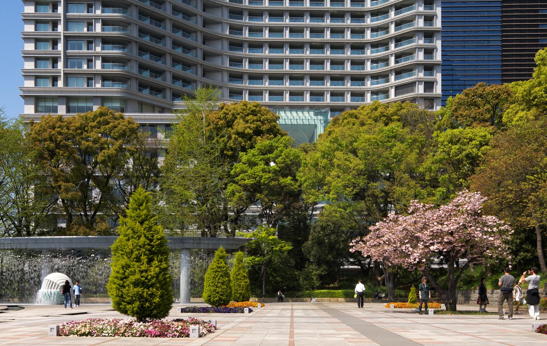 Palace Hotel Tokyo – Wadakura Fountain Park – F2