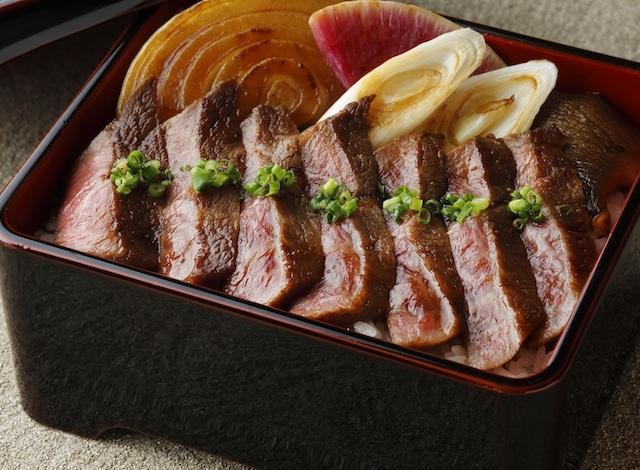 Palace Hotel Tokyo – Wadakura's Kobe Beef Misuji Steak – H2