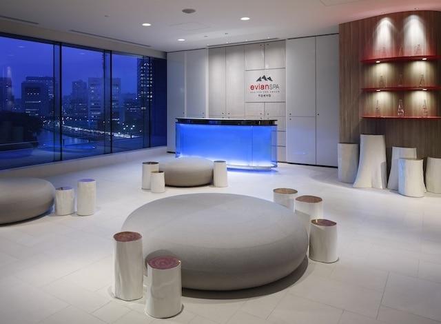 Palace Hotel Tokyo evian SPA Reception H2